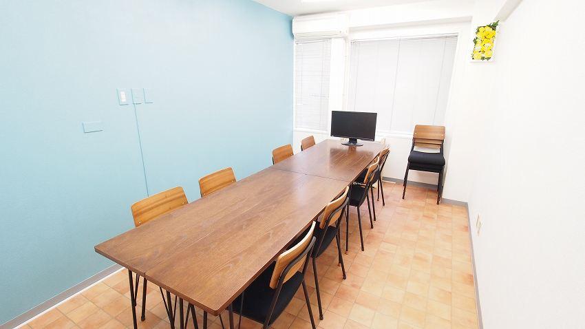 横浜 貸し会議室 レンタルスペース テラス 会議 ミーティング向けレイアウト