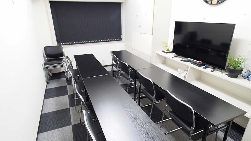 新宿 貸し会議室 レンタルスペース MOON 上映会 テレビ観戦向けレイアウト