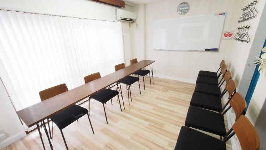 渋谷 貸し会議室 レンタルスペース マリブ 面接 模擬面接 オーディション向けレイアウト