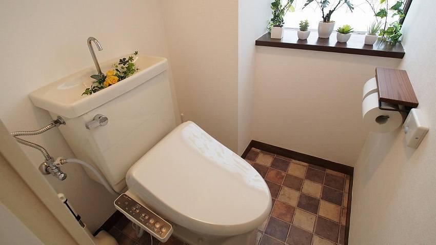 横浜 貸し会議室 レンタルスペース ワイナリー ウォシュレット付き個室トイレ