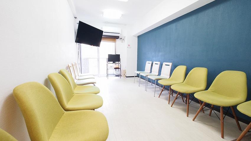 新宿 貸し会議室 レンタルスペース ラピスの座談会、グループディスカッション向けレイアウト