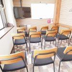 横浜 貸し会議室 ワイナリーの大型ディスプレイ
