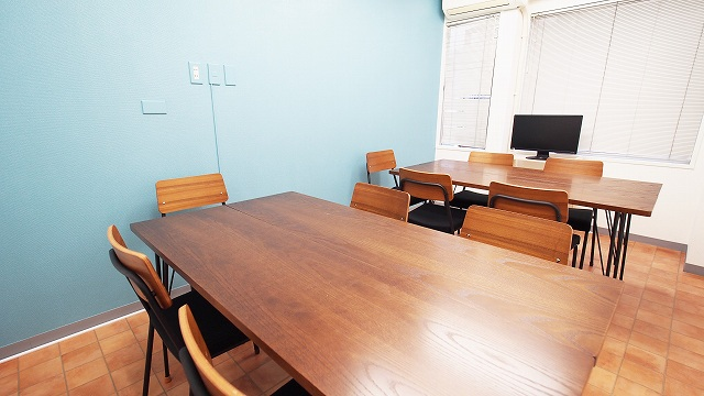 今話題のテレワークにおすすめ!横浜駅近の貸し会議室「テラス」とは?