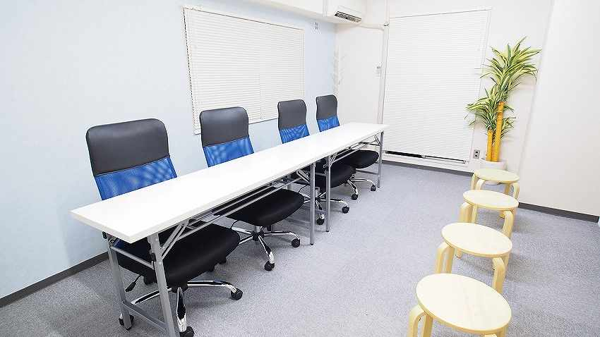 新宿 貸会議室 レンタルスペース マリーナ 面接会場 模擬面接 オーディション向けレイアウト